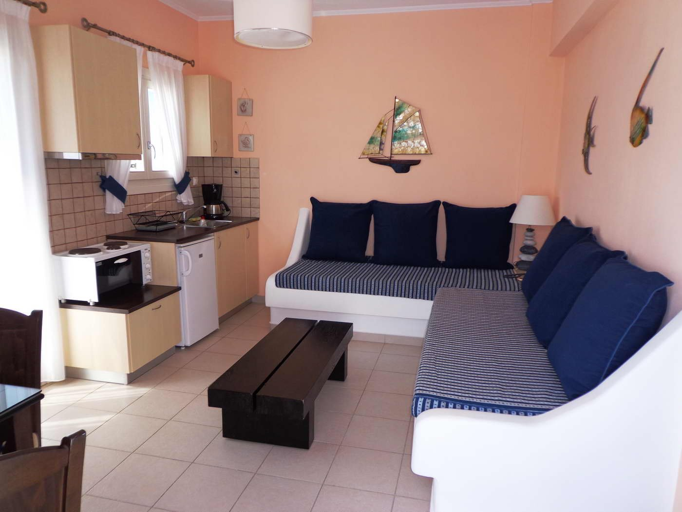 Sell apartments in the island Plaka