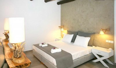 Deluxe suite with privat yard and Hot Tub up to 2 persons