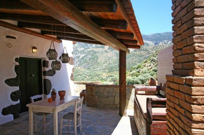 Apartment with privat terrace mountain view up to 2 persons
