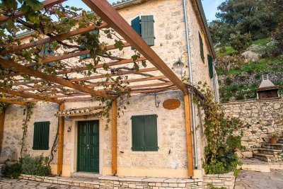 Castelli Cottage up to 12 persons