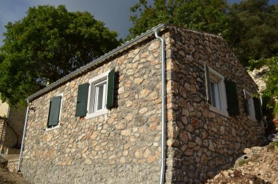Castelli Cottage Olive Press cottage up to 3 persons