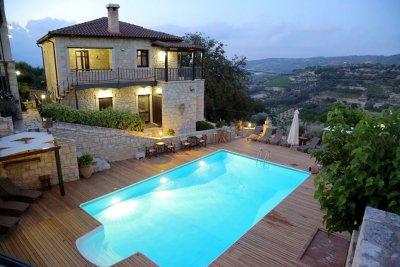 Location de gîte en Crète avec piscine et grand jardin - ASION LITHOS